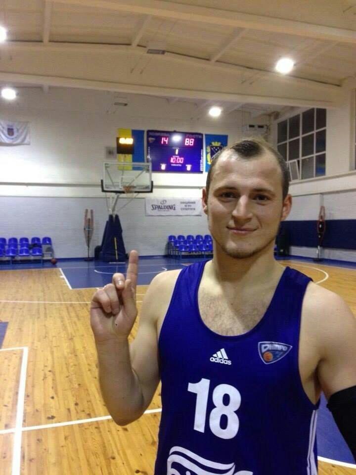 Роман Зозуля прийшов пограти в баскетбол