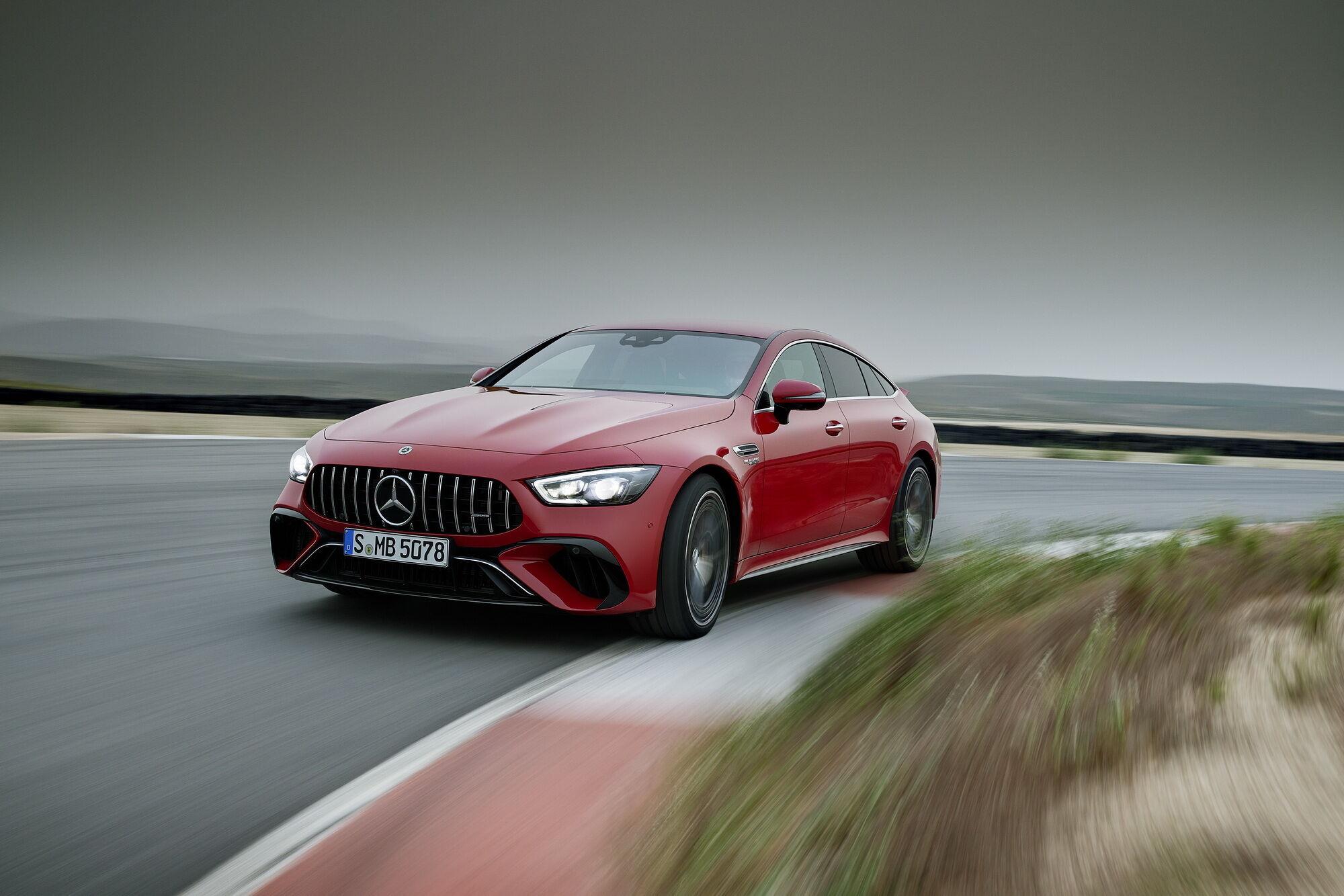 Mercedes-AMG GT 63 SE Performance першим отримав нову гібридну установку E Performance