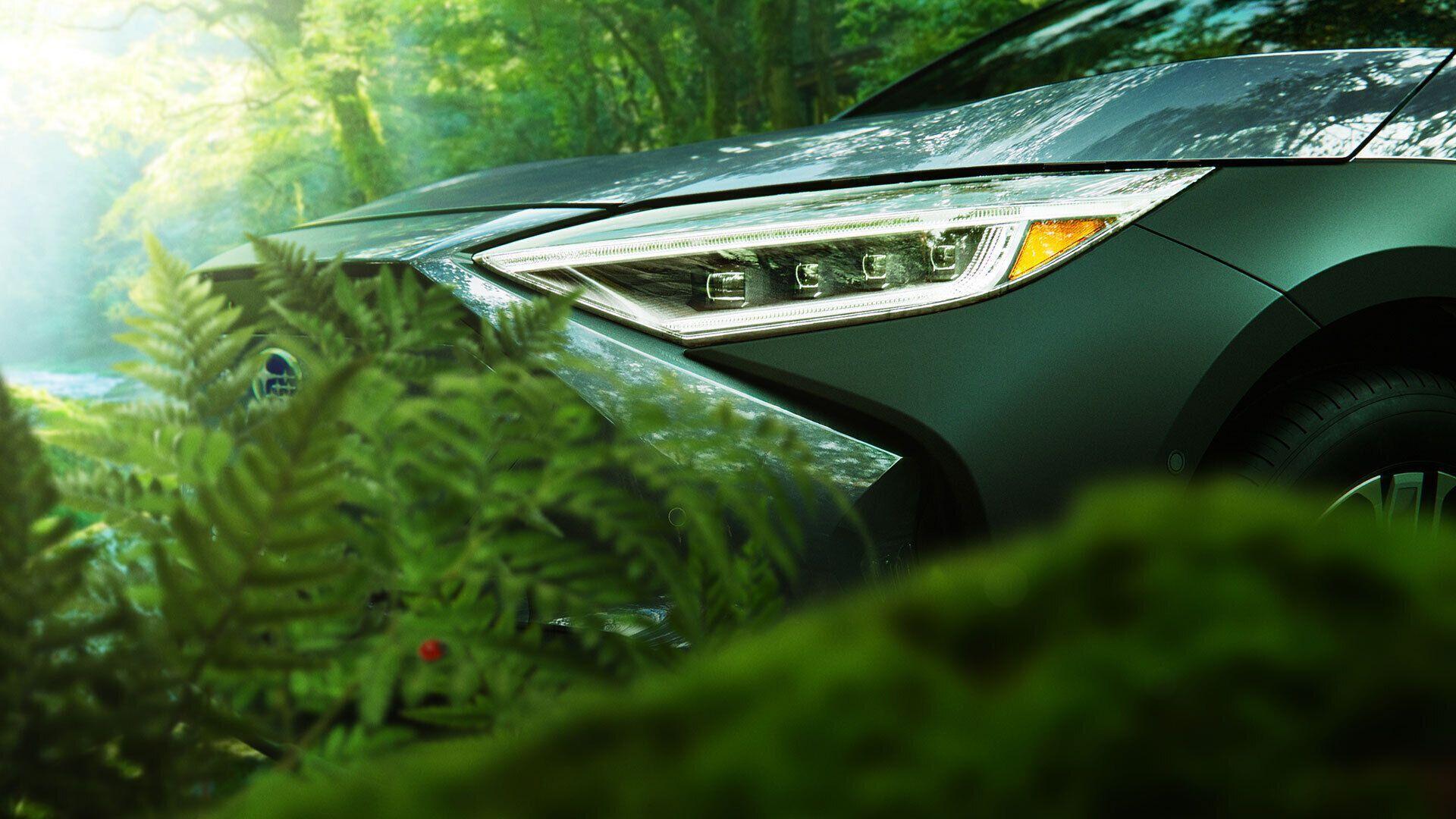 Subaru показала новые тизеры электромобиля Solterra