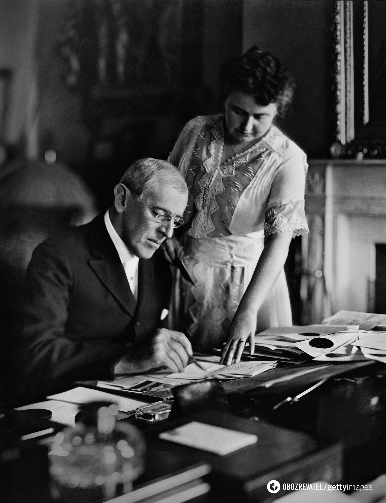 Вудро Вильсон и Эдит Боллинг Гальт Уилсон, середина 1910-х годов