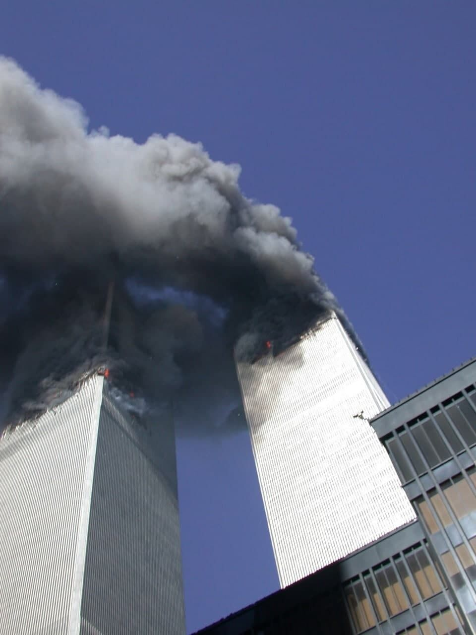 Башни горят