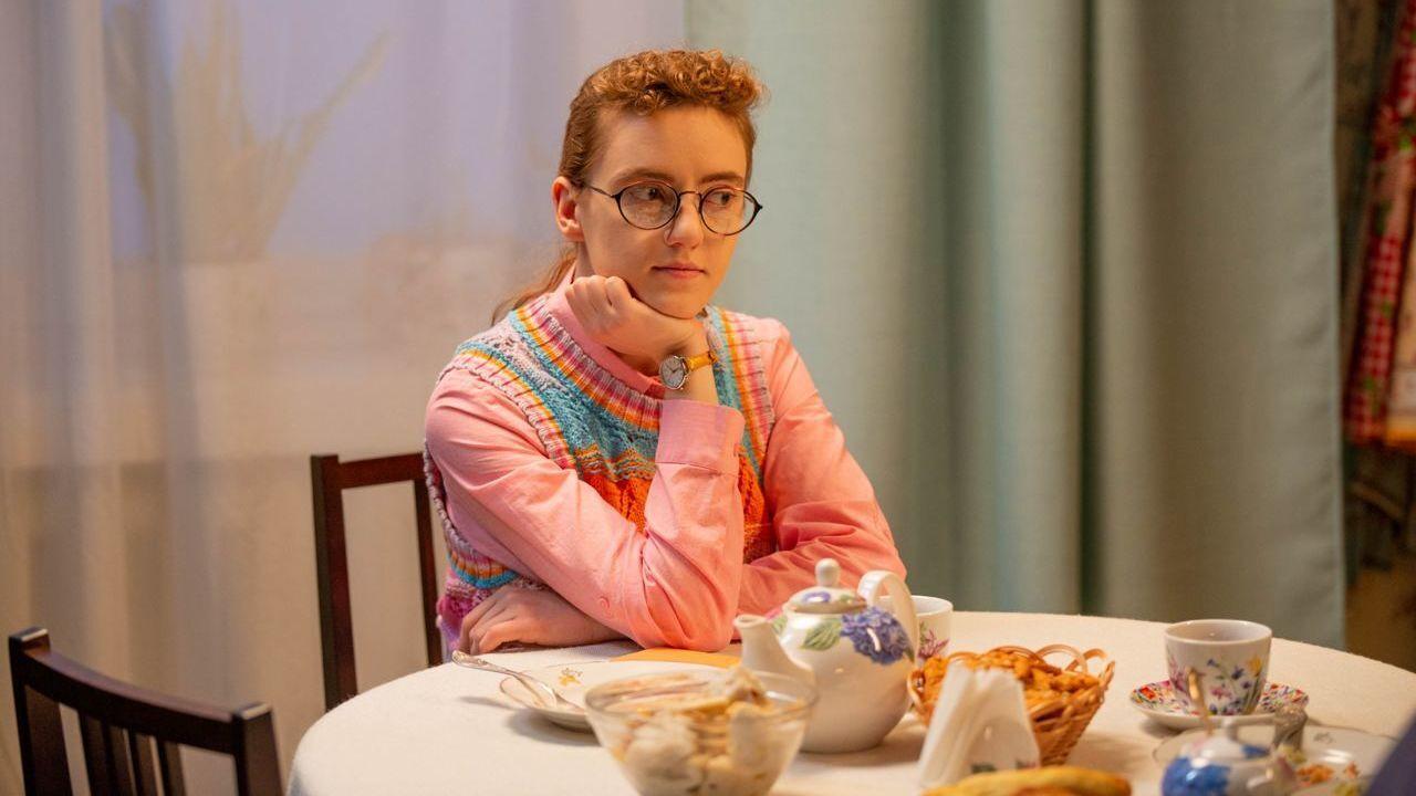 """Ірина Поплавська, головна героїня серіалу """"Моя улюблена Страшко""""."""