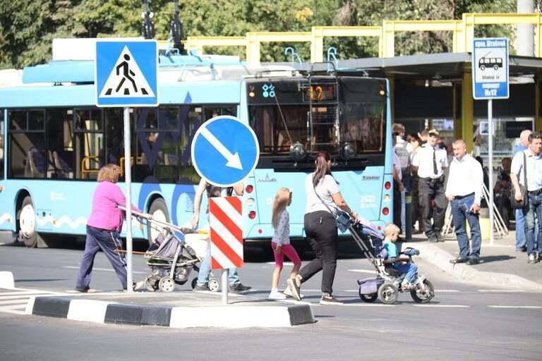 Подарок ко Дню города: в Днепре открыли обновленный троллейбусный маршрут № 12 до ж/м Победа-6
