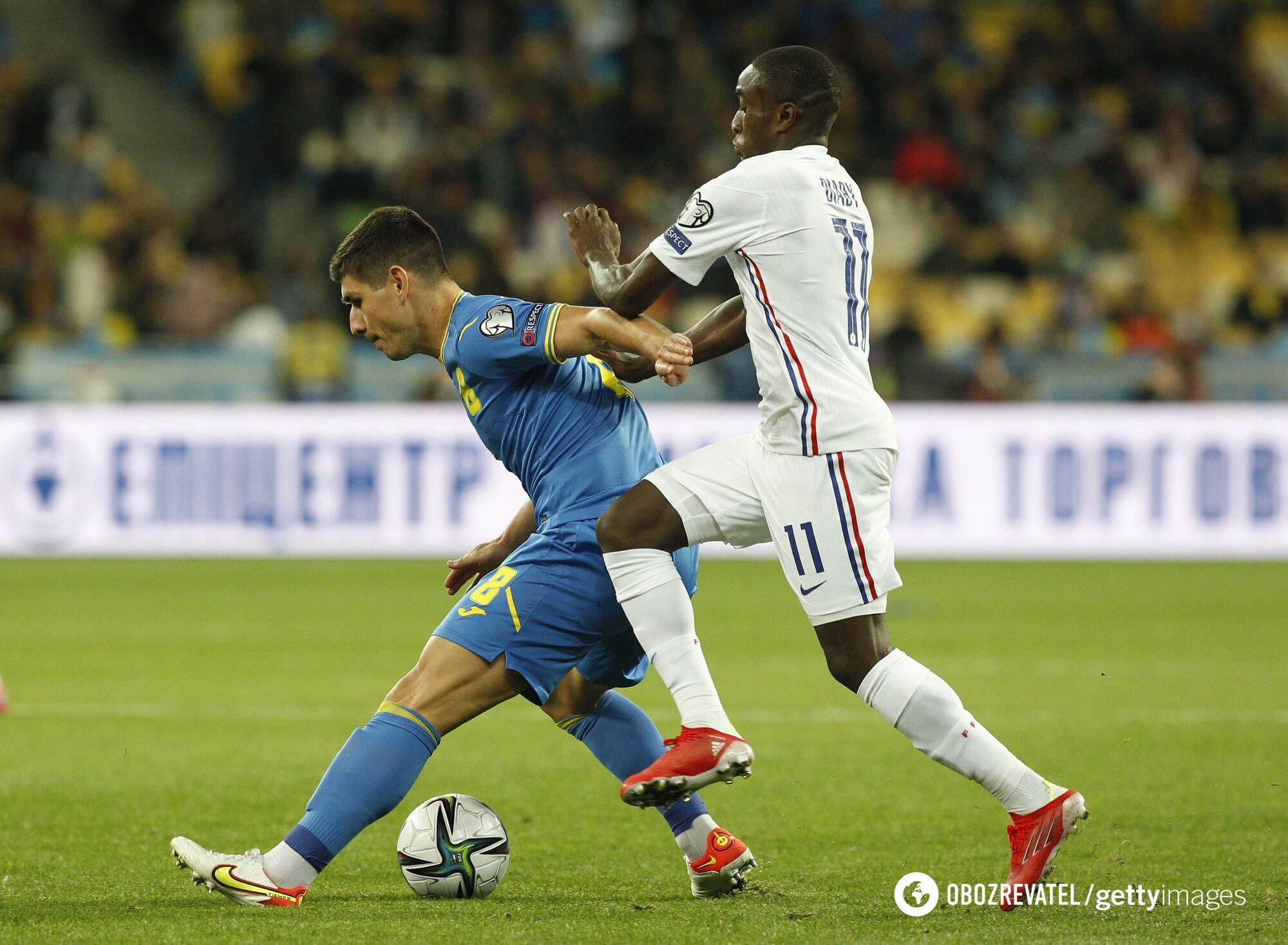 Руслан Малиновский плохо сыграл в матче против Франции