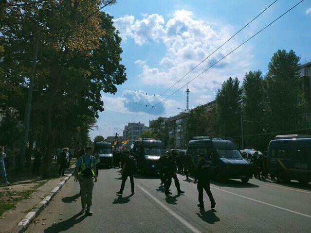 Из-за марша в городе перекрыли несколько дорог