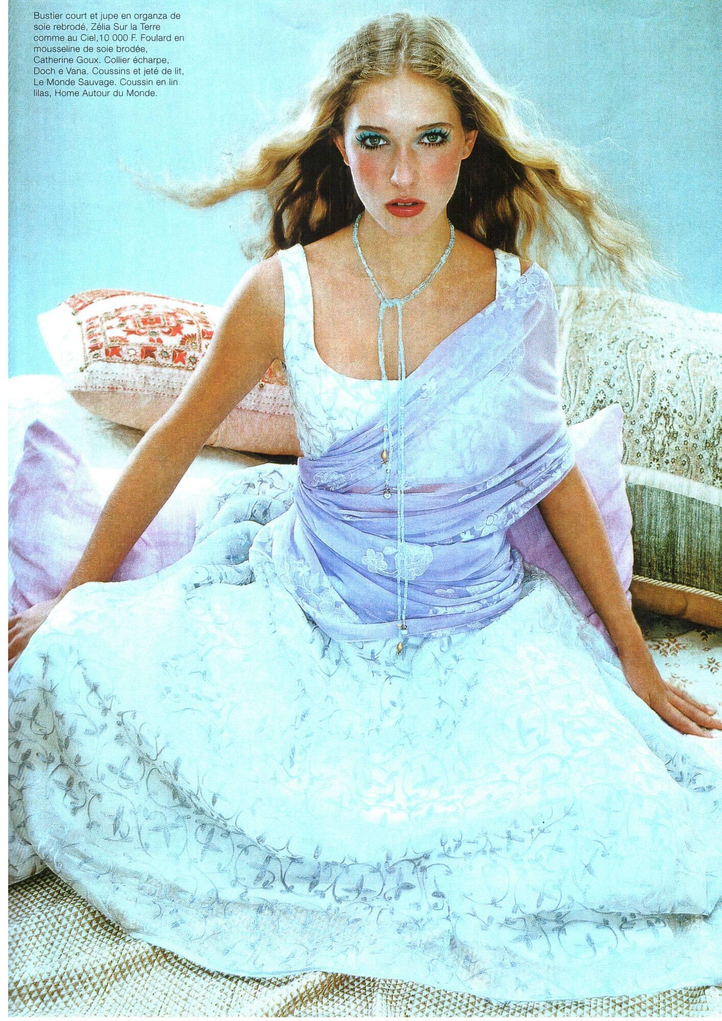 Катя Осадча у віці 13 років на сторінках модного журналу