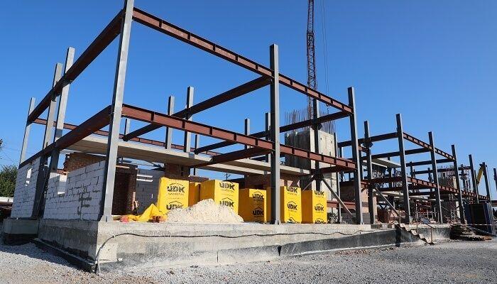 Будівництво першого в Україні сталевого будинку