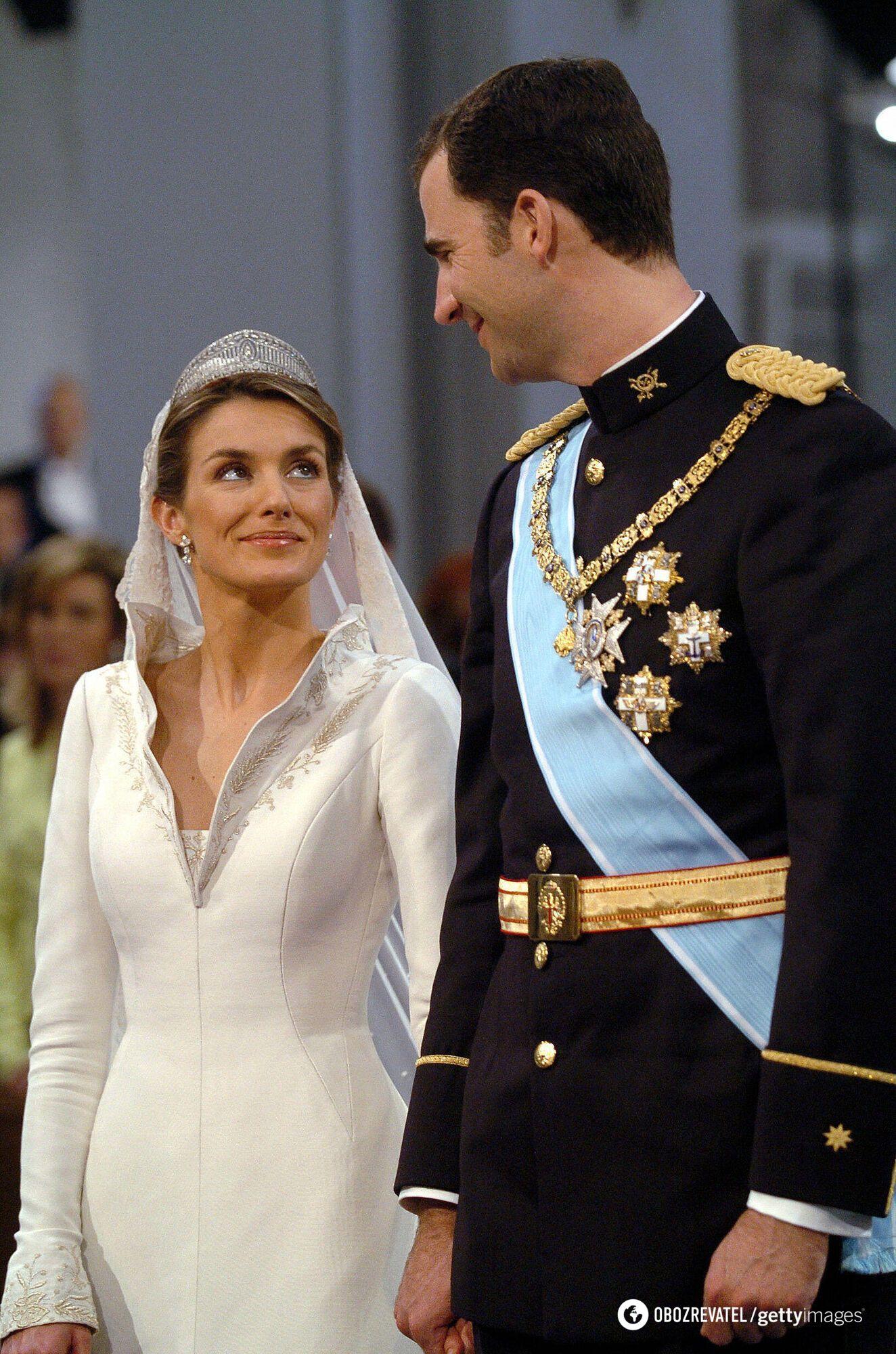 Летиція на весіллі з чоловіком