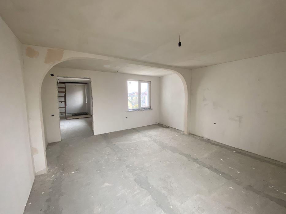 """Фото будинку з оголошення про продаж: так він виглядав до подальшого """"ремонту"""""""