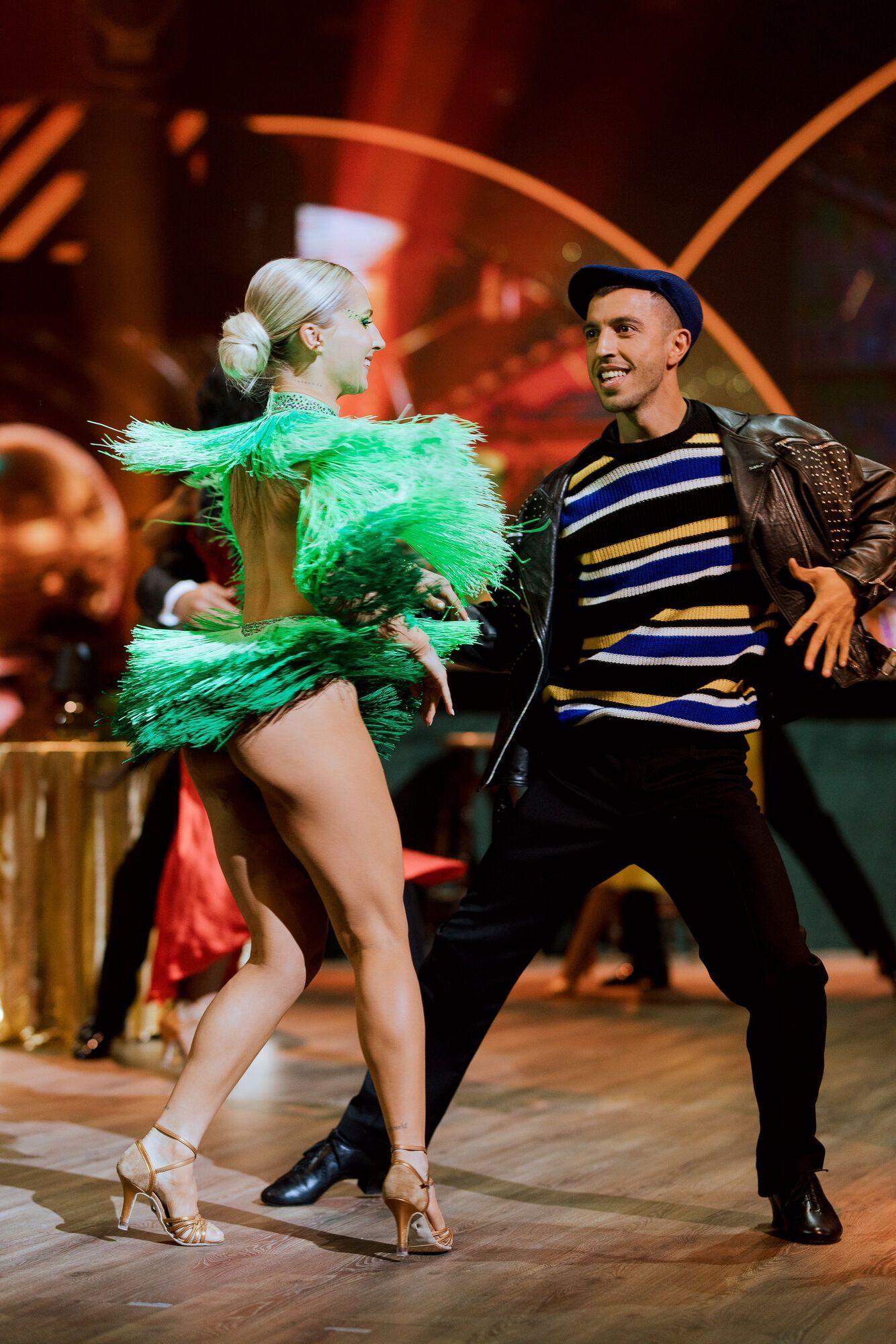 Яна Цибульская танцевала с Иваном Люленовим.