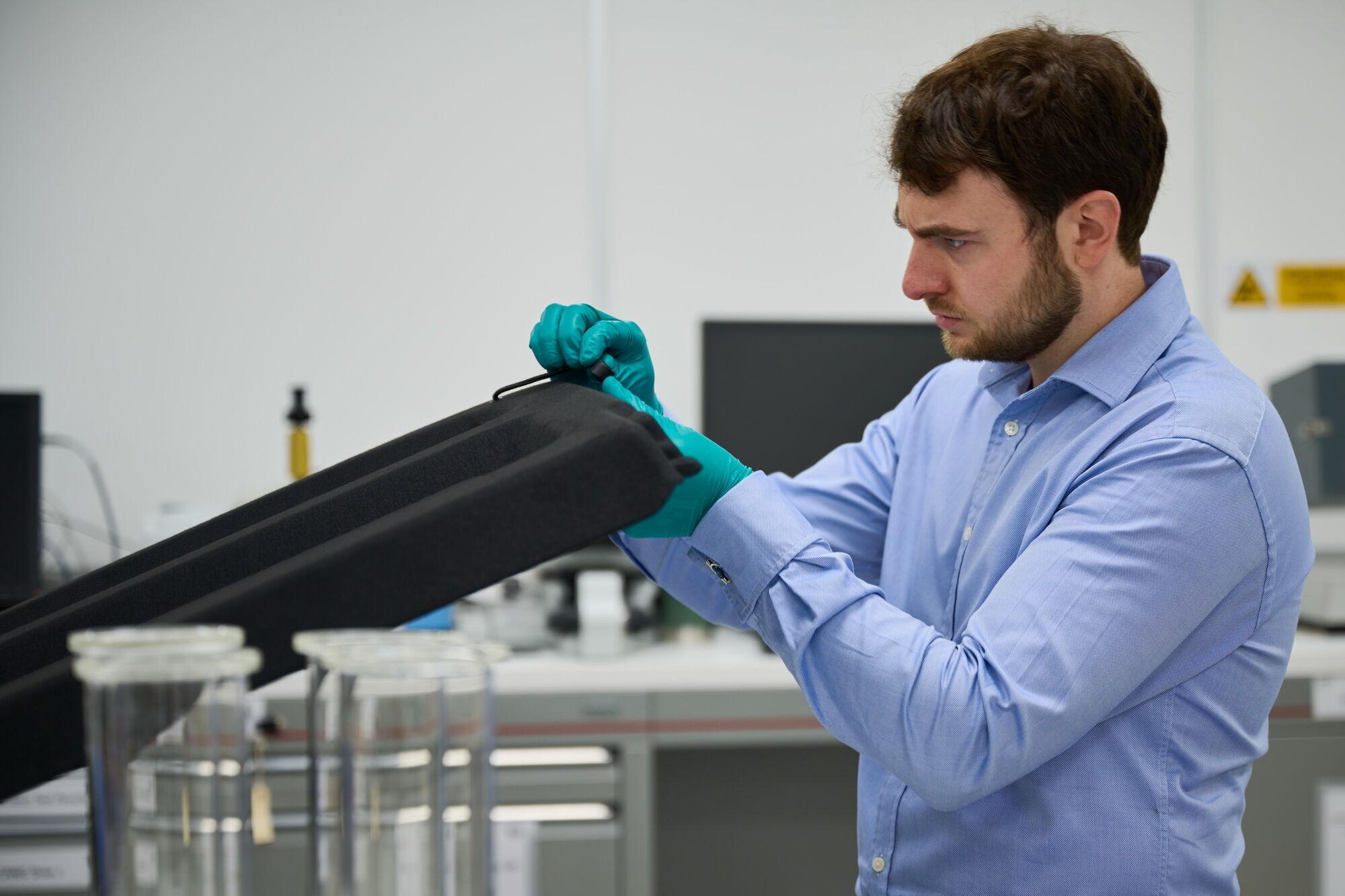 Одним из критериев, соблюдение которого должно обеспечиваться в ходе процесса проектирования, разработки и испытания нового Nissan Qashqai является запах