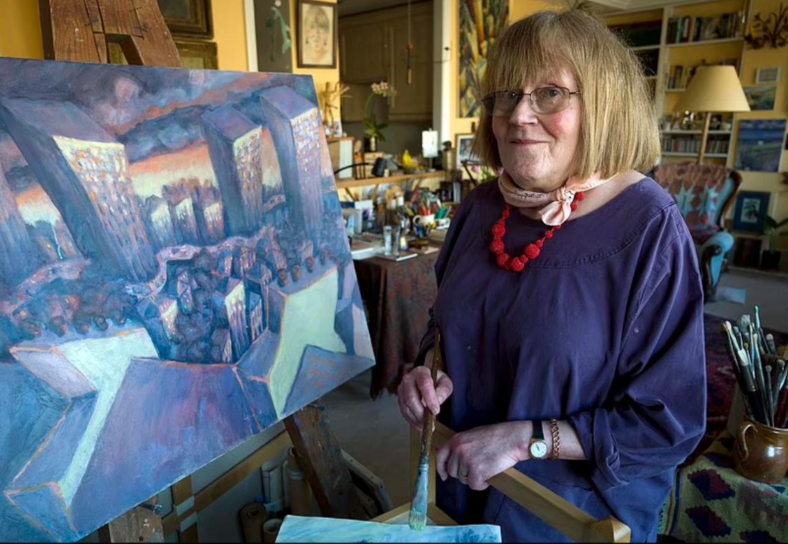 Женщина рисовала в основном портреты.