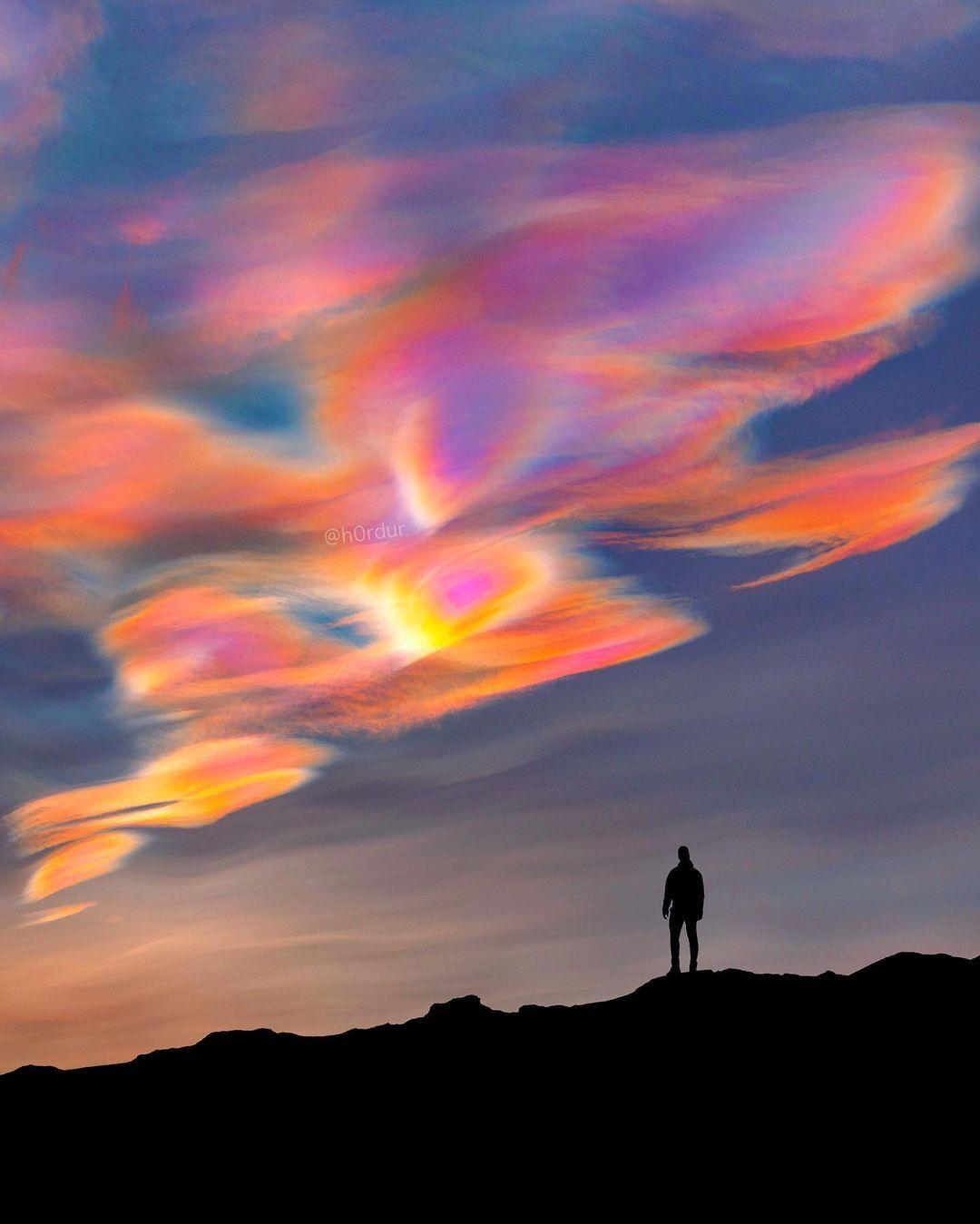 """""""Перламутрові хмари"""" в Ісландії"""