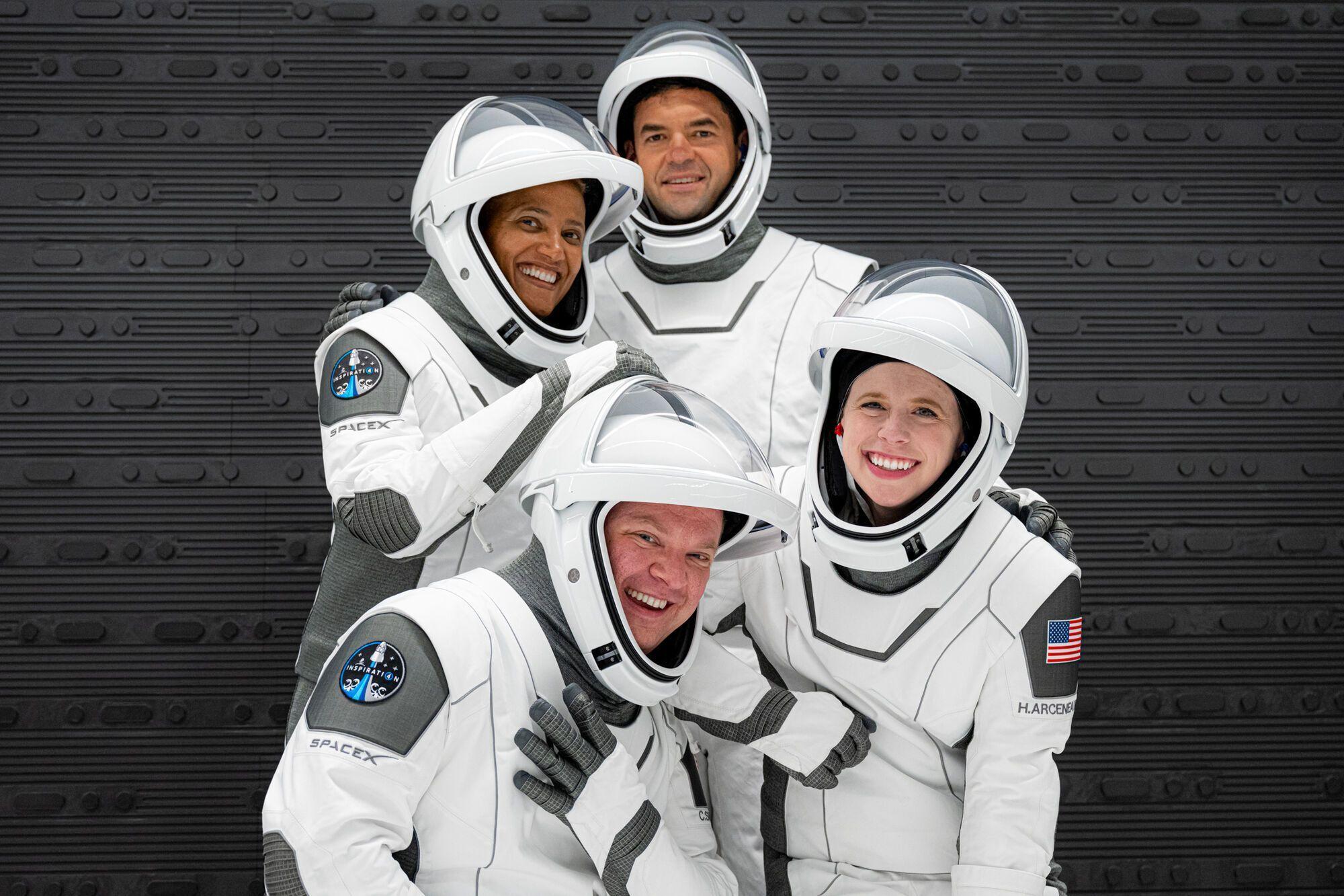Туристи проведуть у космосі три дні.