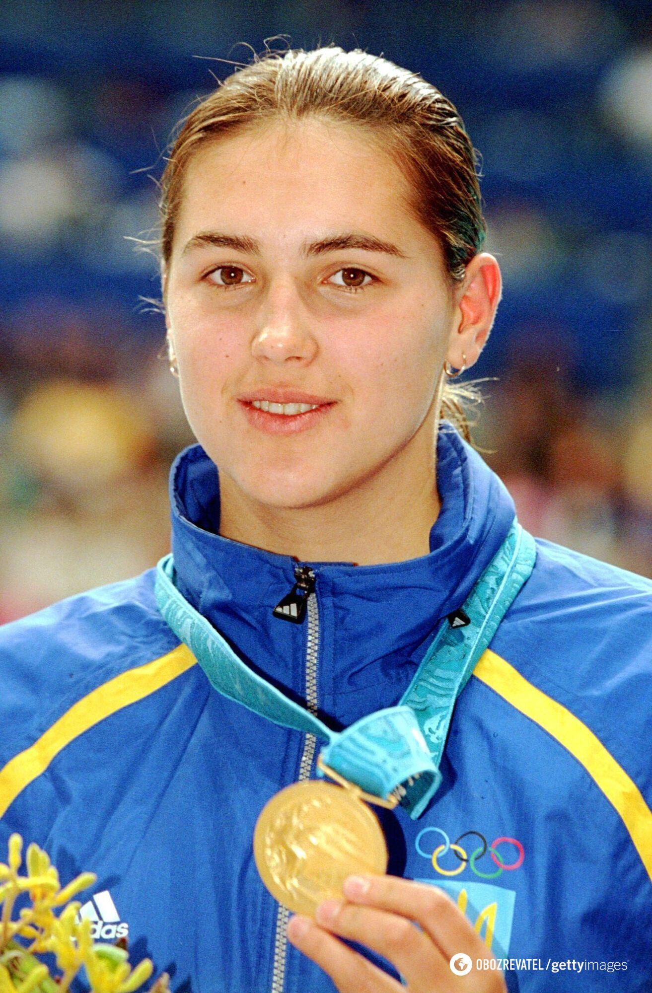 Клочкова с медалью ОИ (2000 год)