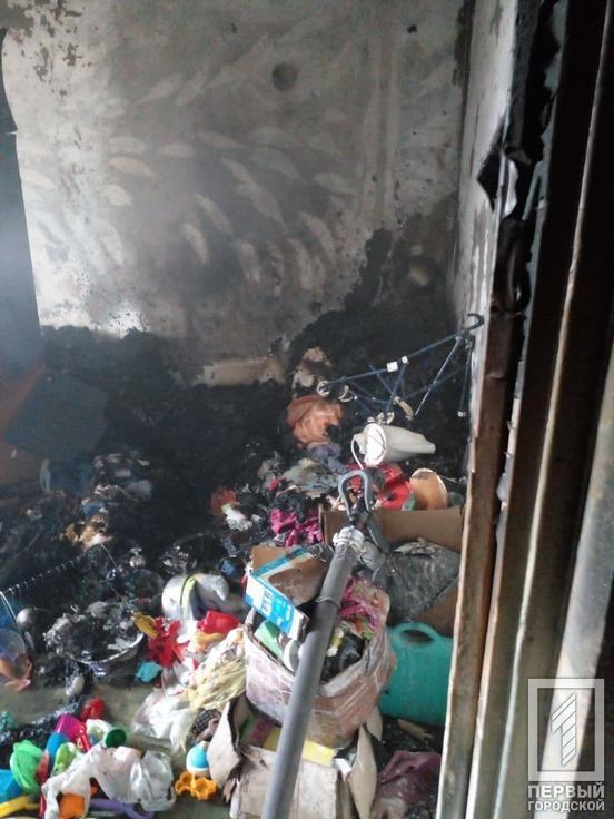 Огнем повреждена мебель и вещи