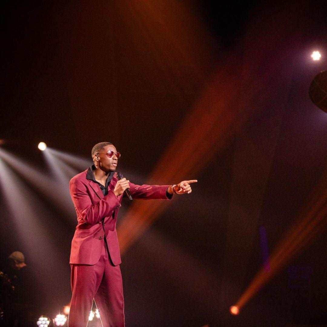 Jeremie Makiese на сцені.