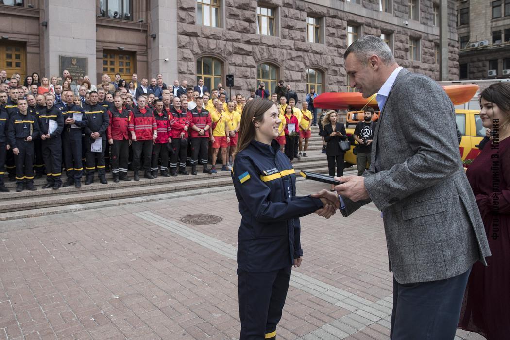 Кличко привітав рятувальників із професійним святом