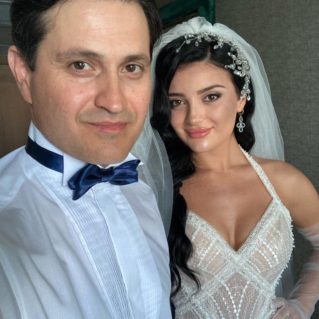 Сейтаблаев сообщил о свадьбе своей старшей дочери 26-летней Назлы