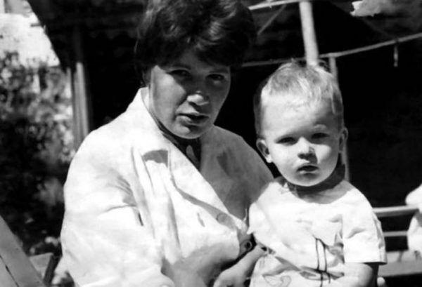 Архівне фото: Данилко з мамою