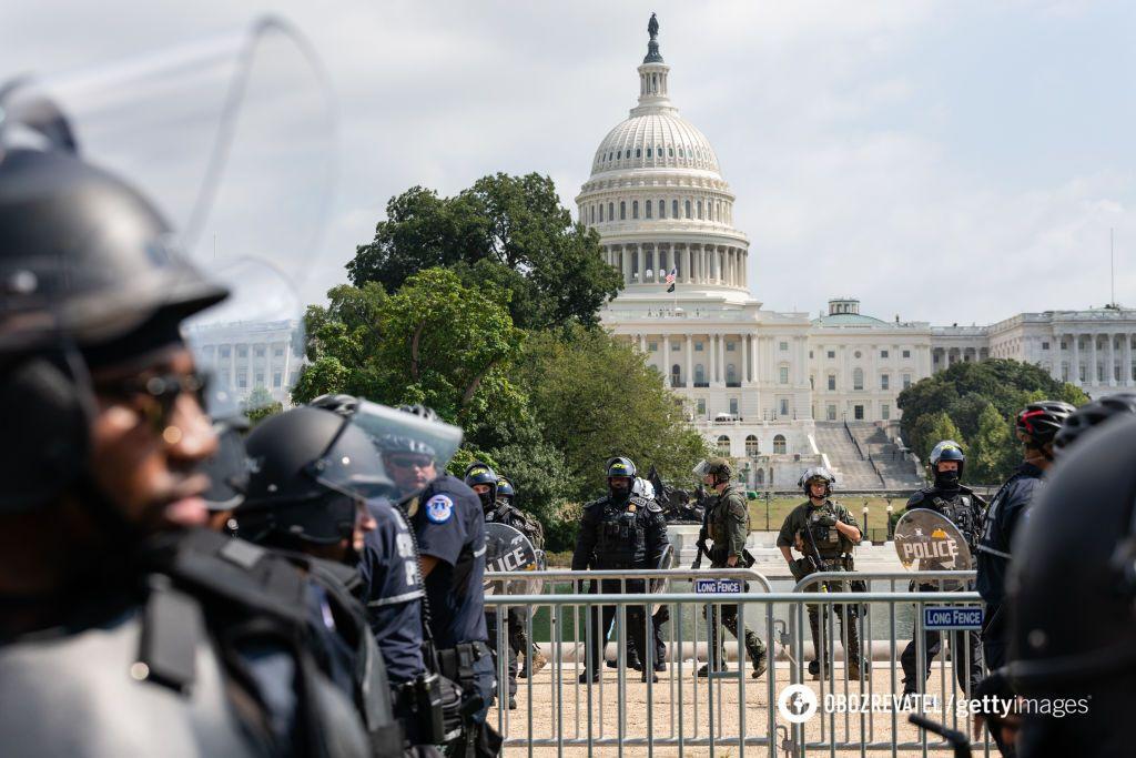 Полиция у Капитолия
