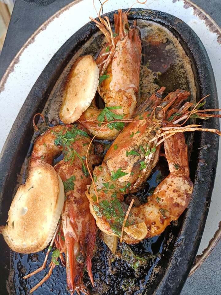 Можно готовить морские деликатесы самостоятельно...