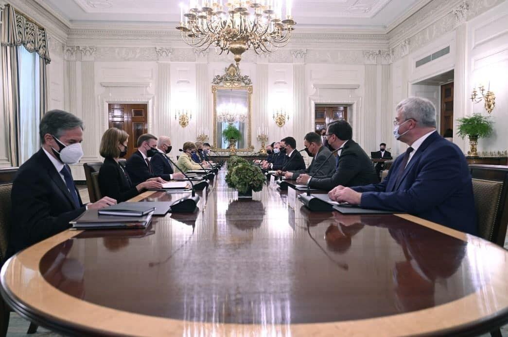 Як пройшли двогодинні переговори Зеленського та Байдена. Фоторепортаж