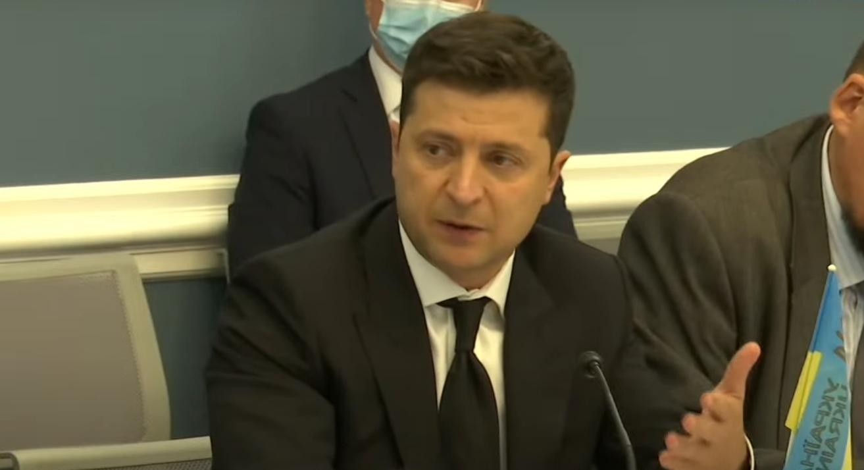 Зеленский пообщался с журналистами после встречи с Байденом и конгрессменами.