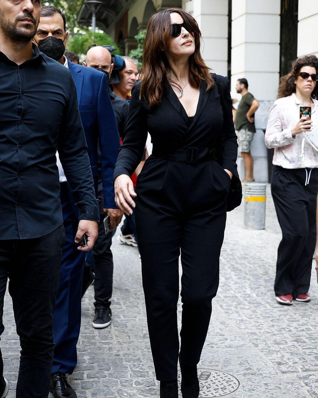 Моника Беллучи в Афинах.