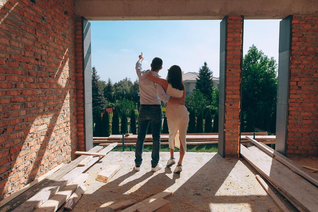 Подружжя Остапчуків будує котедж