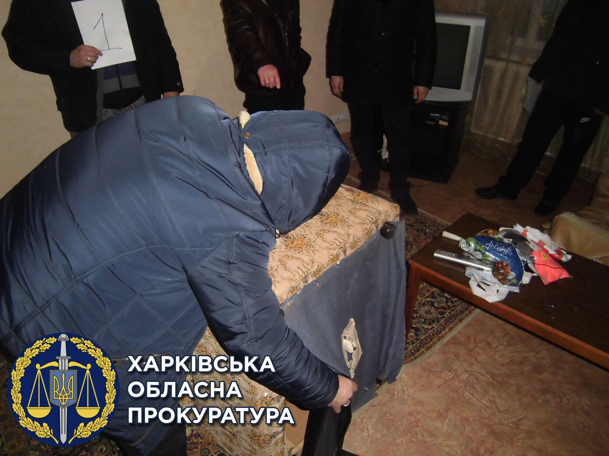 Правоохранителей задержали и отправили за решетку