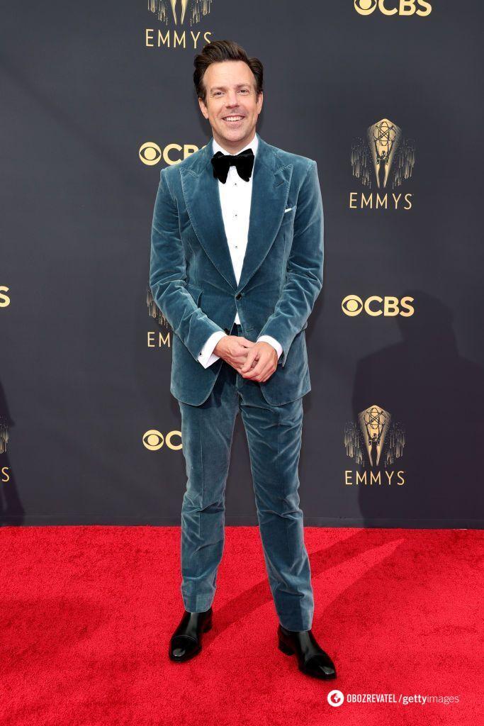 Джейсон Судейкіс у костюмі від Tom Ford