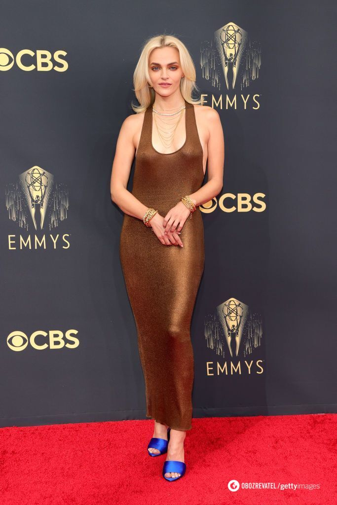 Меделін Бревер у сукні від Tom Ford