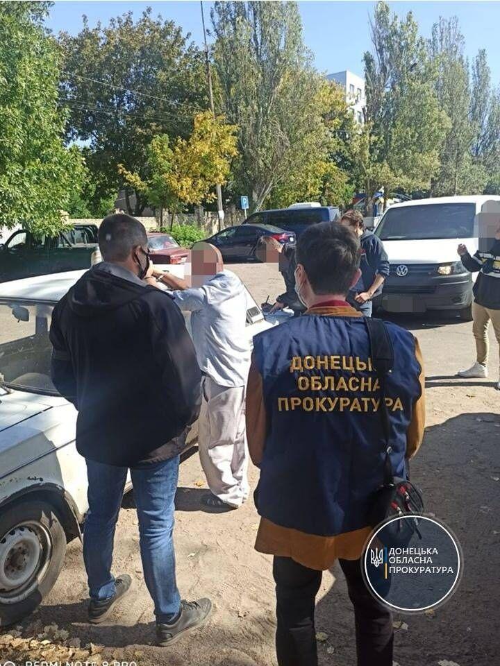 Правоохранители задержали двух подозреваемых.