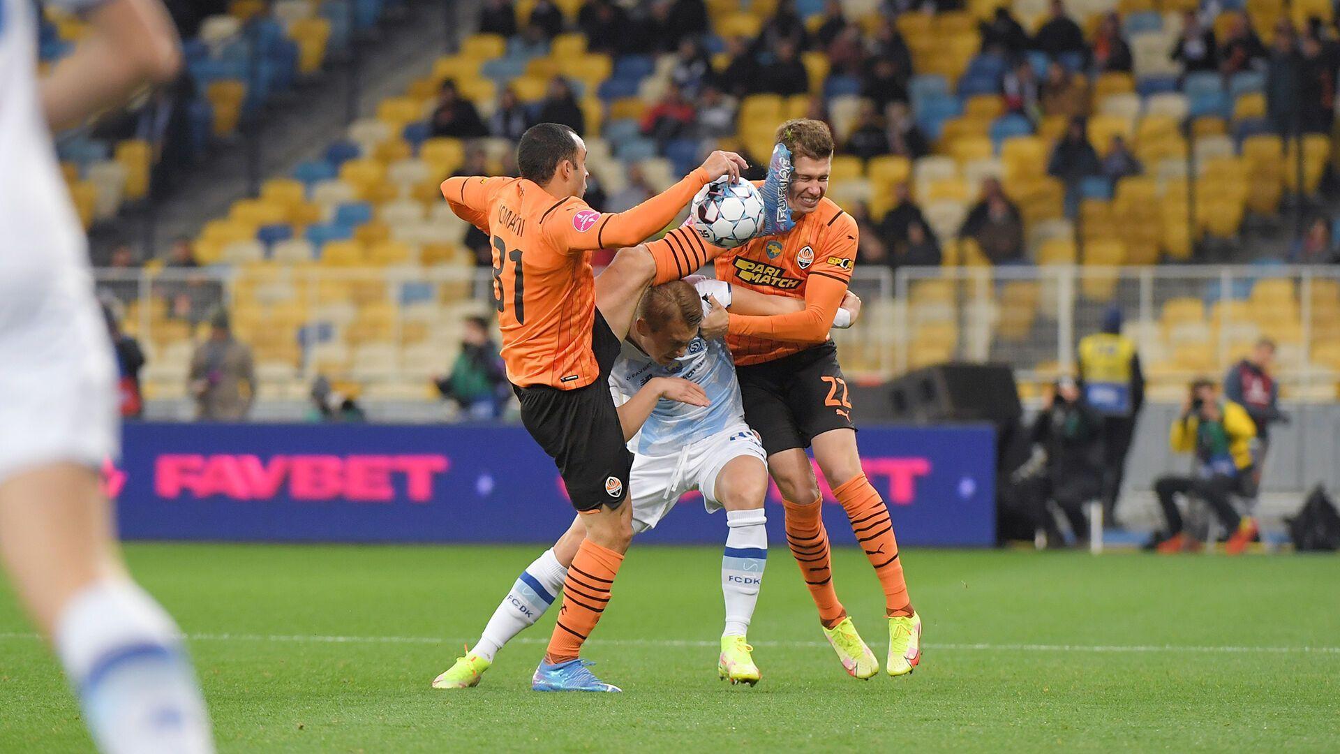 Матвиенко получил удар ногой от Исмаили