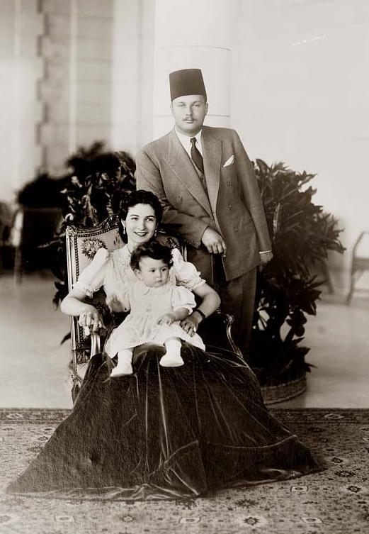 Фарук, Фарида и их первая дочь, принцесса Фериал