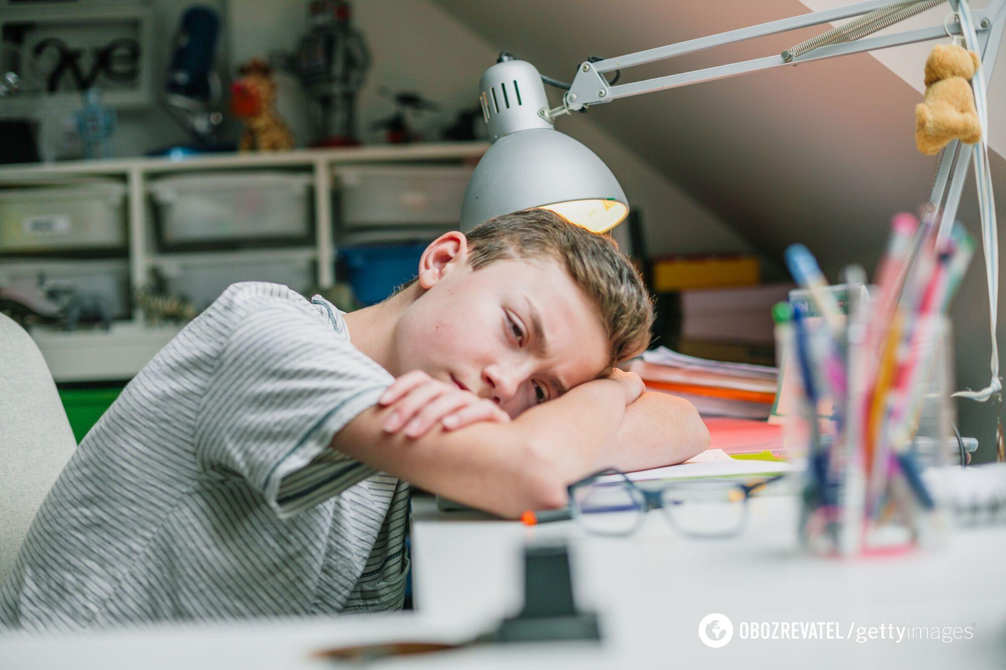 Из-за педагогов, которые не хотят вакцинироваться, дети снова учатся на удаленке