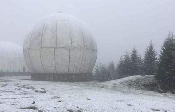 У Чернівецькій області випав сніг.