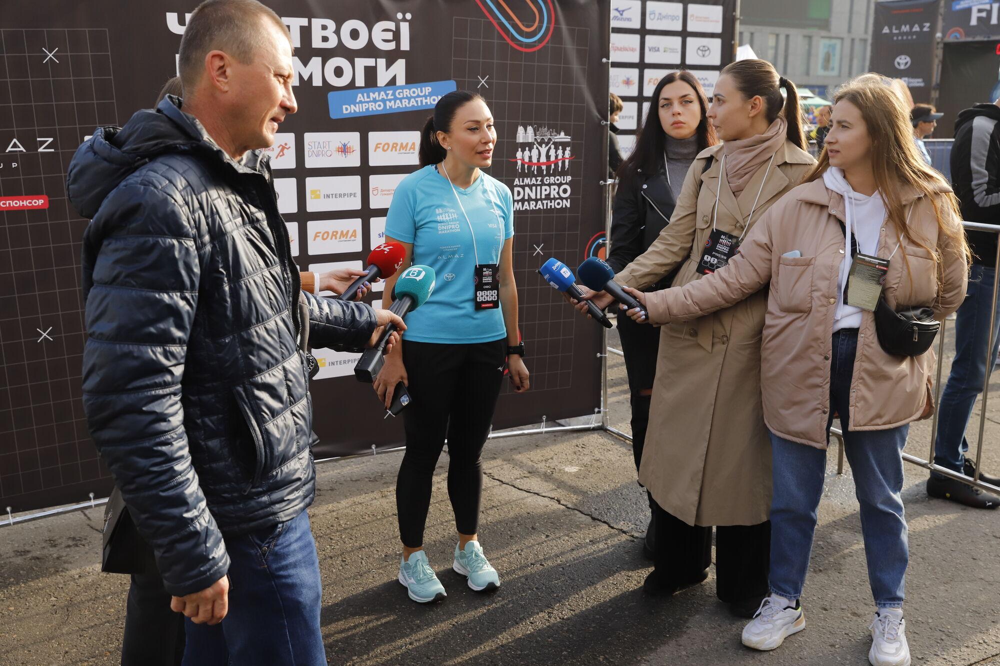 """У Дніпрі понад 3 тис. бігунів взяли участь в """"Almaz Group Dnipro Marathon"""""""
