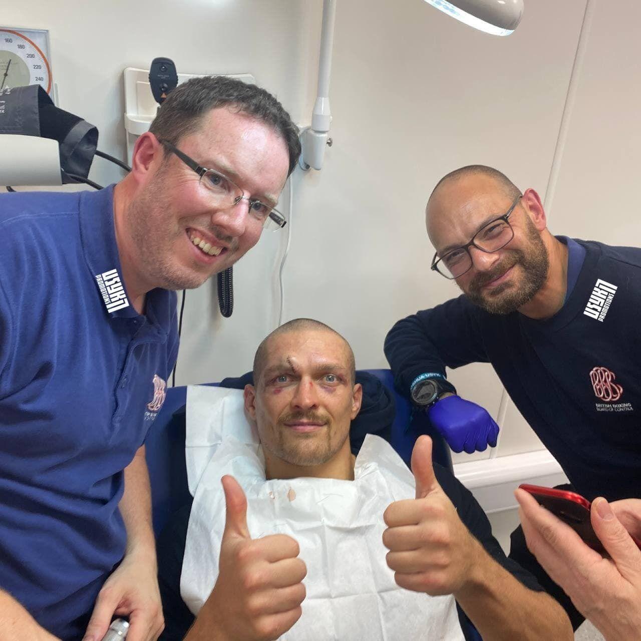 Усик після бою вирушив у лікарню.