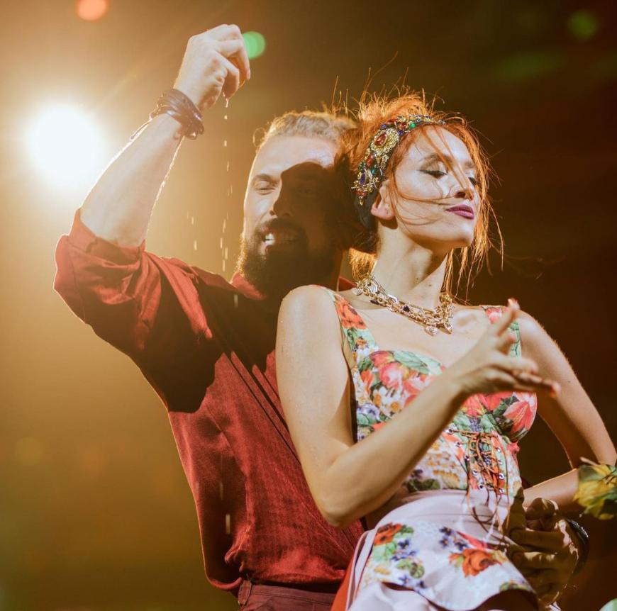 Алексей Суровцев и Маша Колосова исполнили ча-ча-ча.