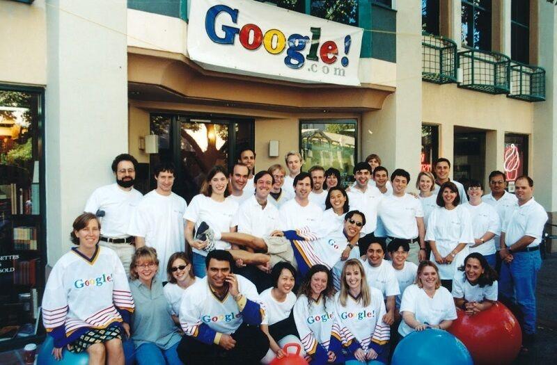 Команда Google у Пало-Альто перед переїздом до Маунтін-В'ю
