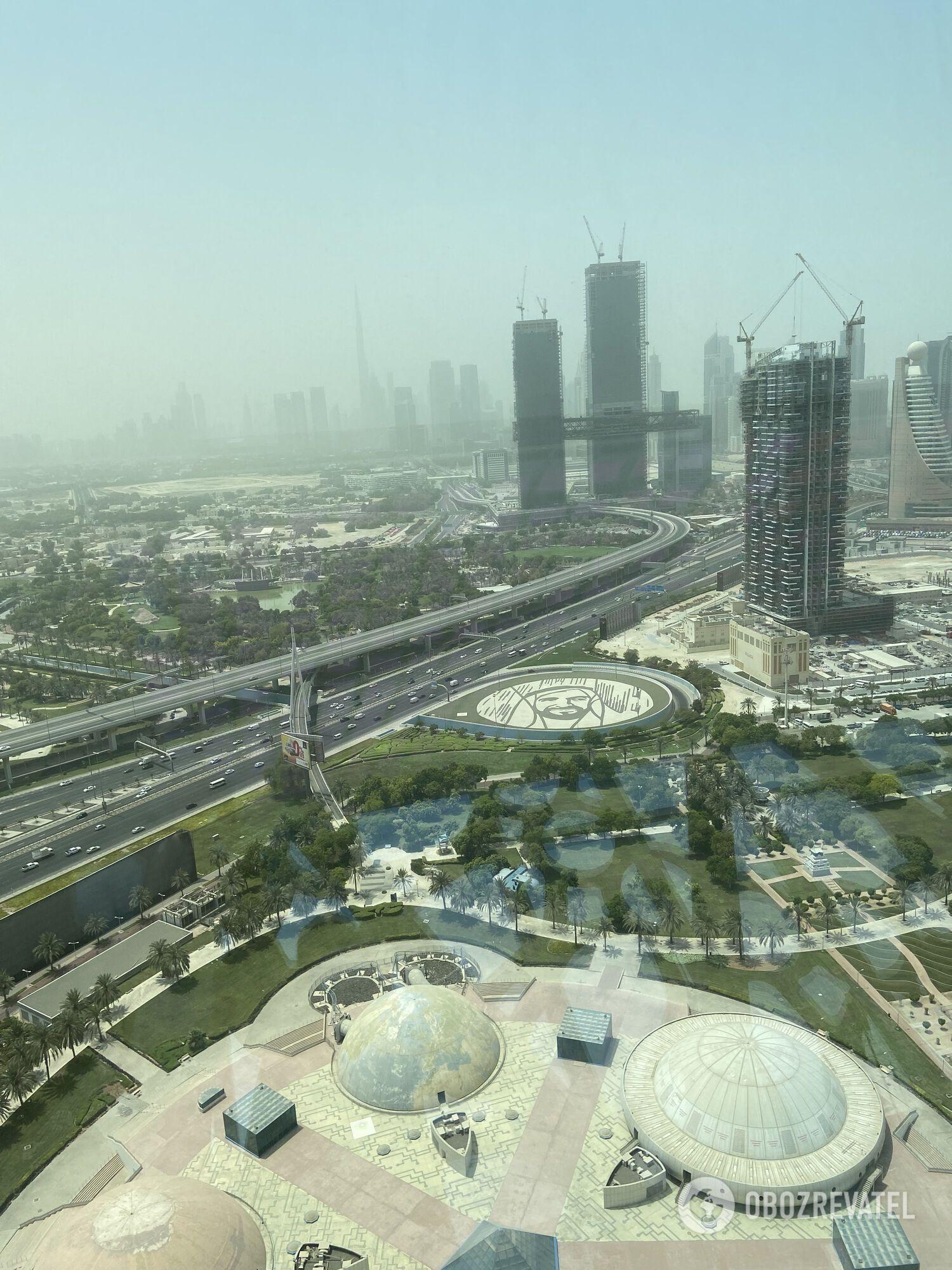 Вид с верхнего этажа Dubai Frame