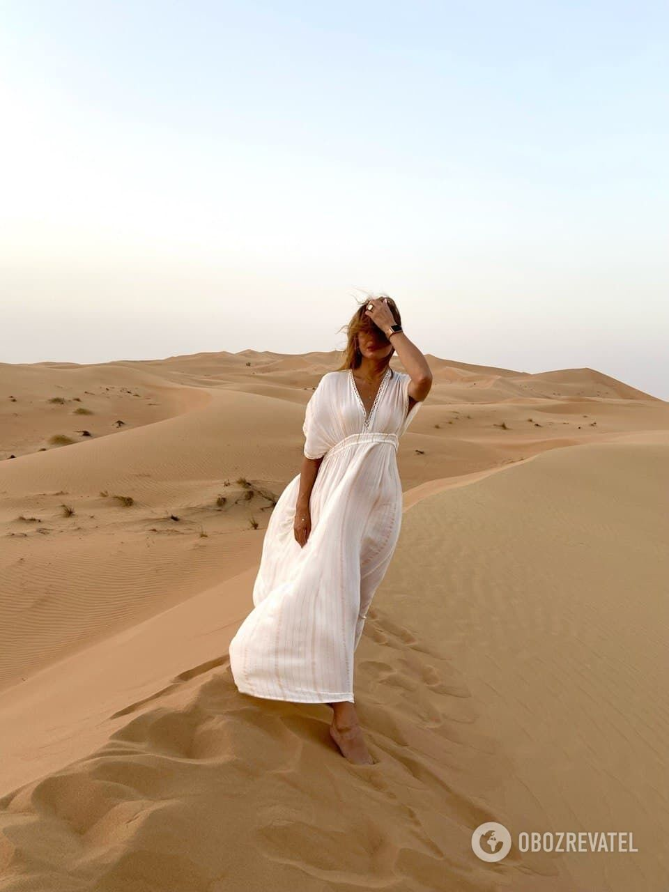 Кадр с закатного джип-сафари в пустыне Dubai Desert Conservation Reserve.