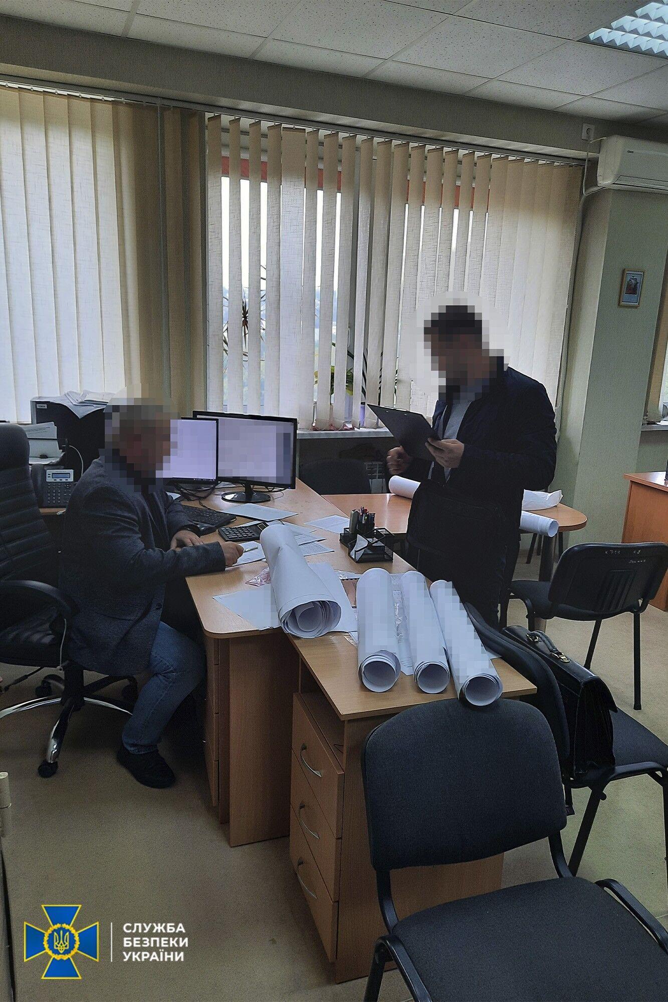 В Україні фірма займалася модернізацією енергоінфраструктури Криму