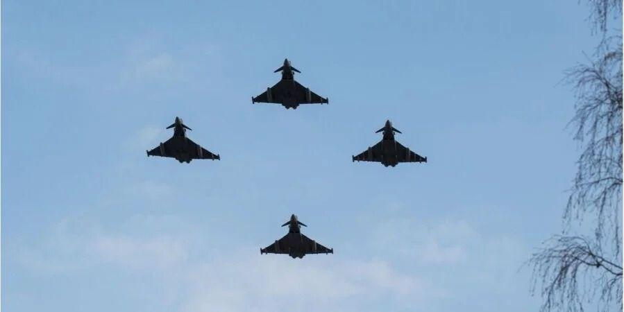 Винищувачі НАТО за тиждень перехопили 13 літаків РФ