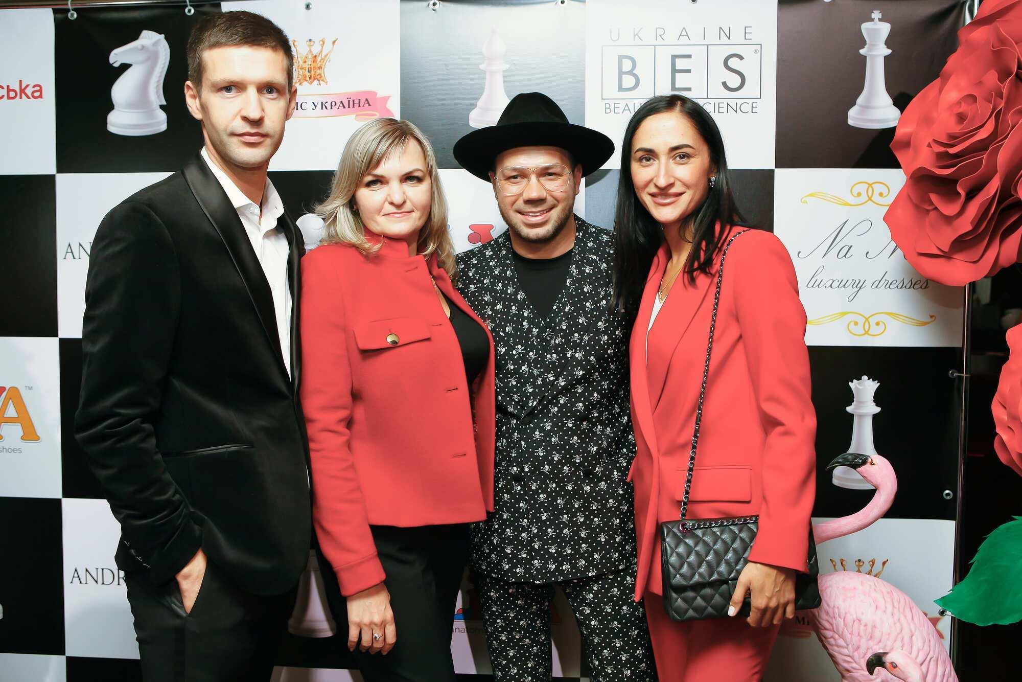 Andre Tan Easy був створений спільно з брендом взуття LIYA