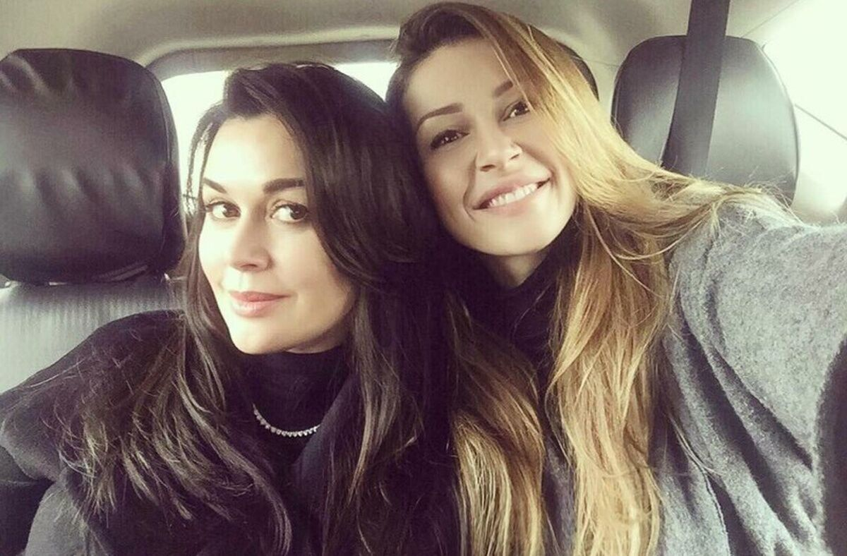 Анастасія Заворотнюк з донькою Анною