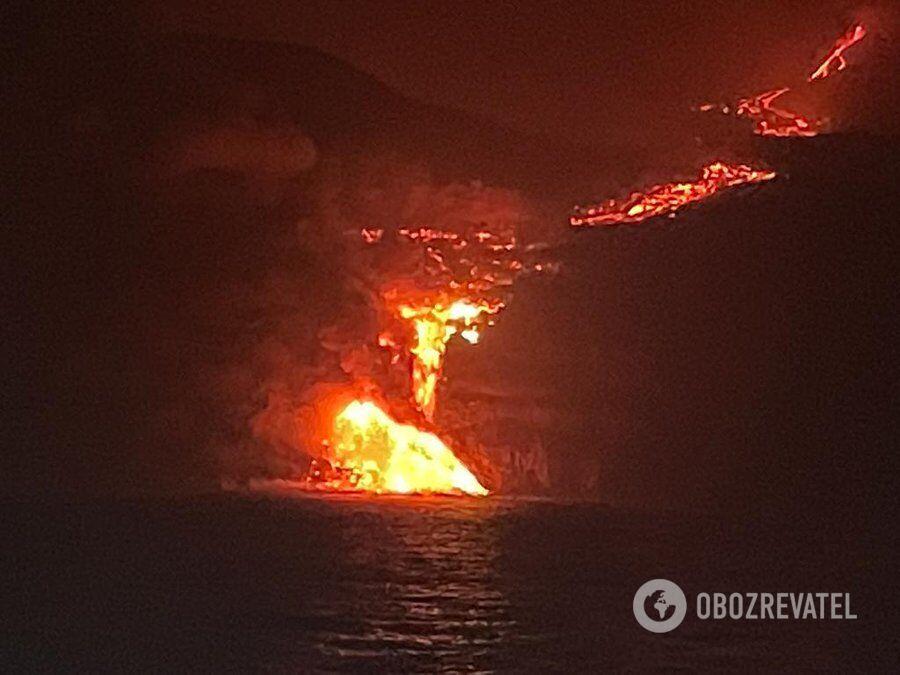 Извержение вулкана на острове Ла-Пальма