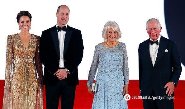 Кейт Миддлтон, принц Уильям, принц Чарльз и его супруга Камилла Паркер-Боулз.